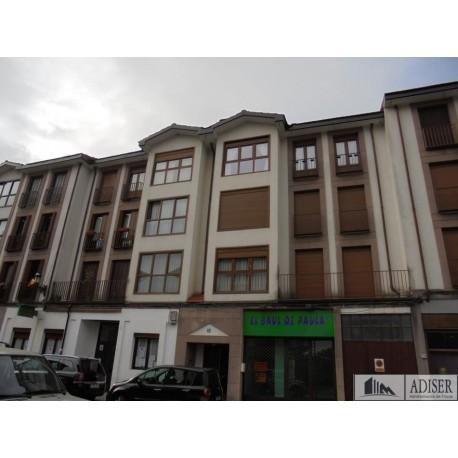 Piso en venta en C/ Marisa Sánchez, Ezcaray (fachada)