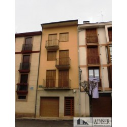 Piso en venta en calle Las Teñas, Ezcaray (fachada)
