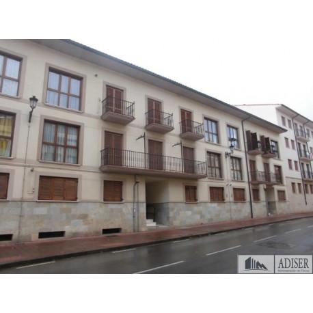 Piso en venta en calle Padre José García, Ezcaray (fachada)