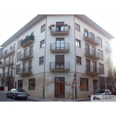 Duplex en venta en Lamberto Felipe 16, Ezcaray (Fachada)
